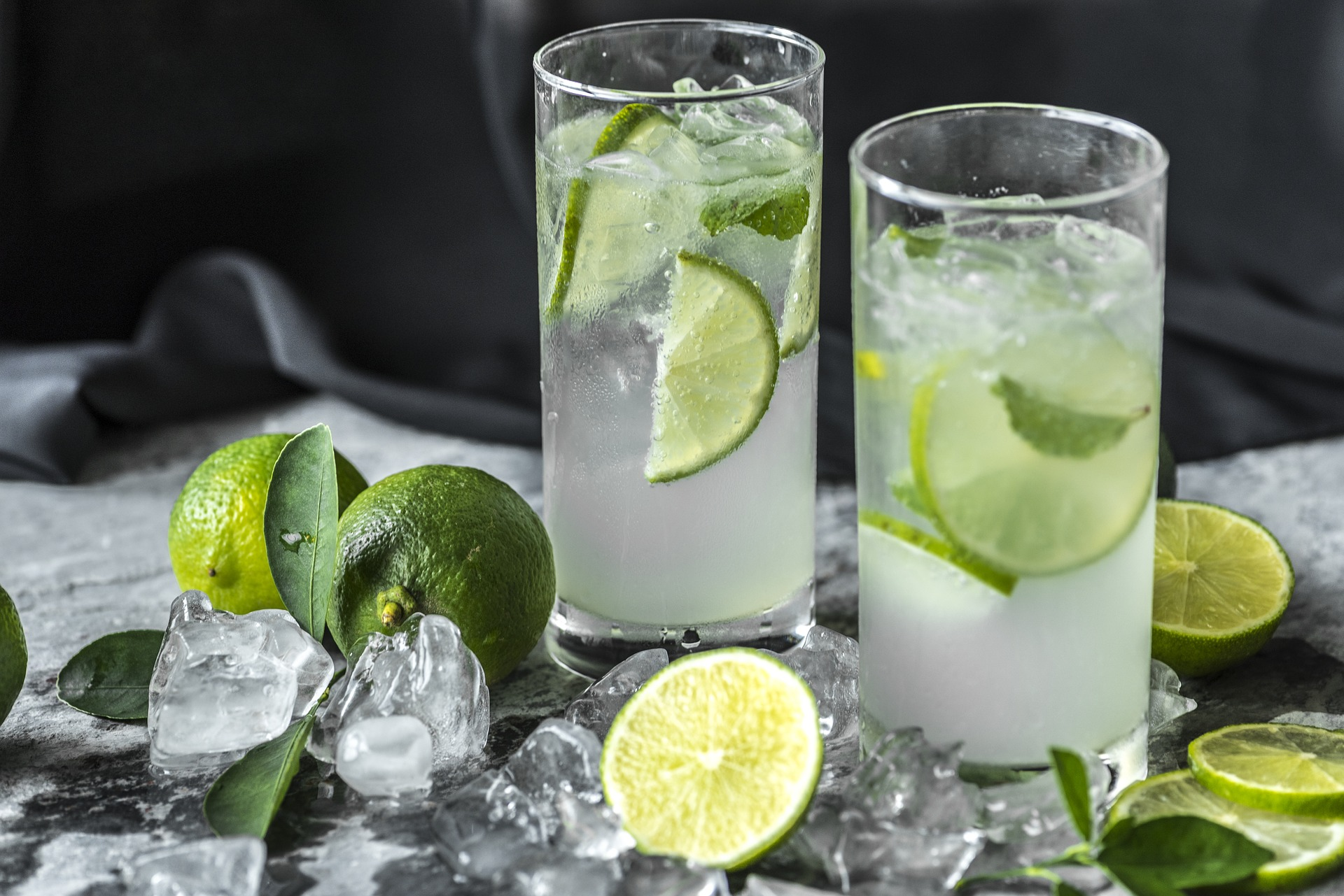 Lemon Water & Lemonade Juice