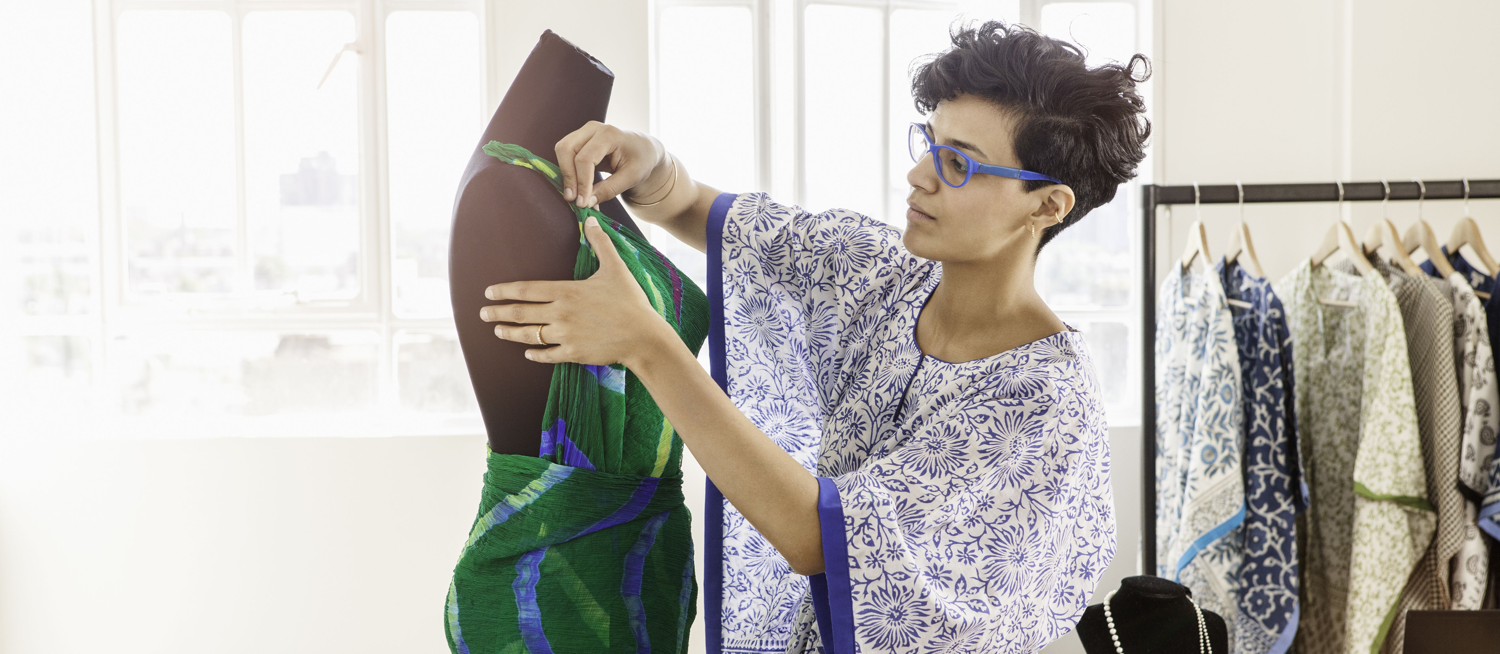 What are the Requirements of a Fashion Designer?